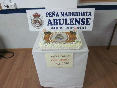 PEÑA MADRIDISTA ABULENSE. 13-05-2012.Celebracion de la 32 Liga del Real Madrid.