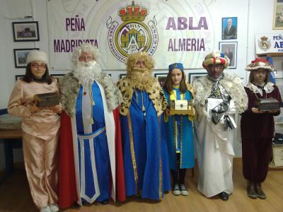PEÑA MADRIDISTA ABULENSE. 5-01-2013. Cabalgata de Reyes Magos